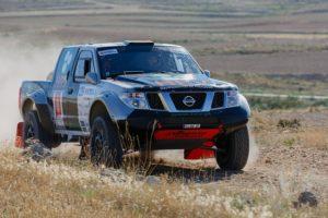 nissan pickup rallye motorsport